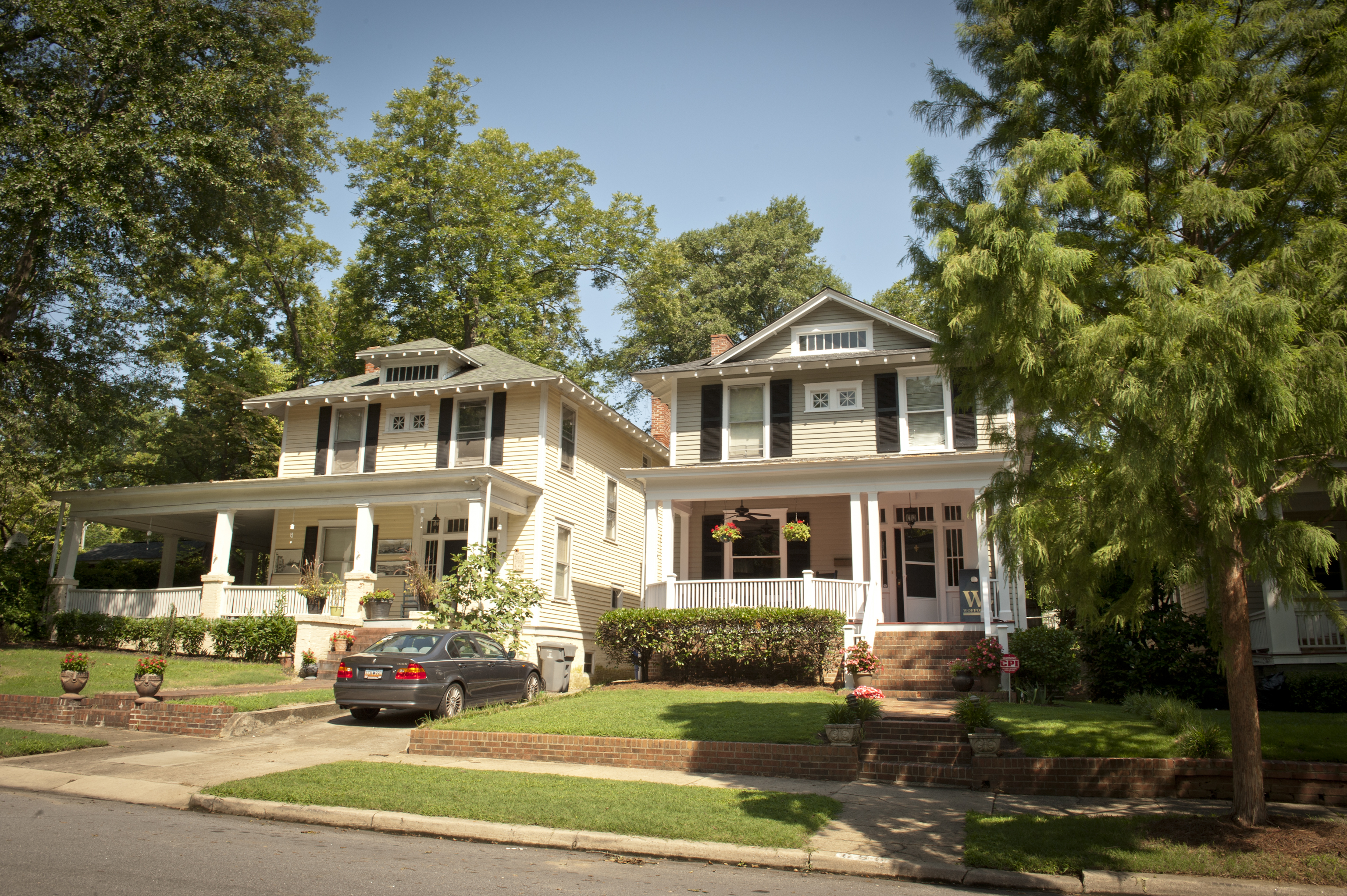 The City of Spartanburg includes many beautiful neighborhoods that are close to schools, parks, work, shopping and other great amenities.
